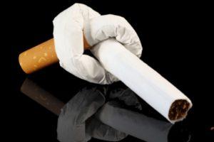 завязанная сигарета